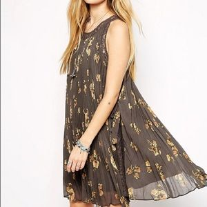 Free People Floral Pleated Tent Dress - Size Small